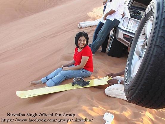 Daring doctor takes Dubai's golden sand dunes on